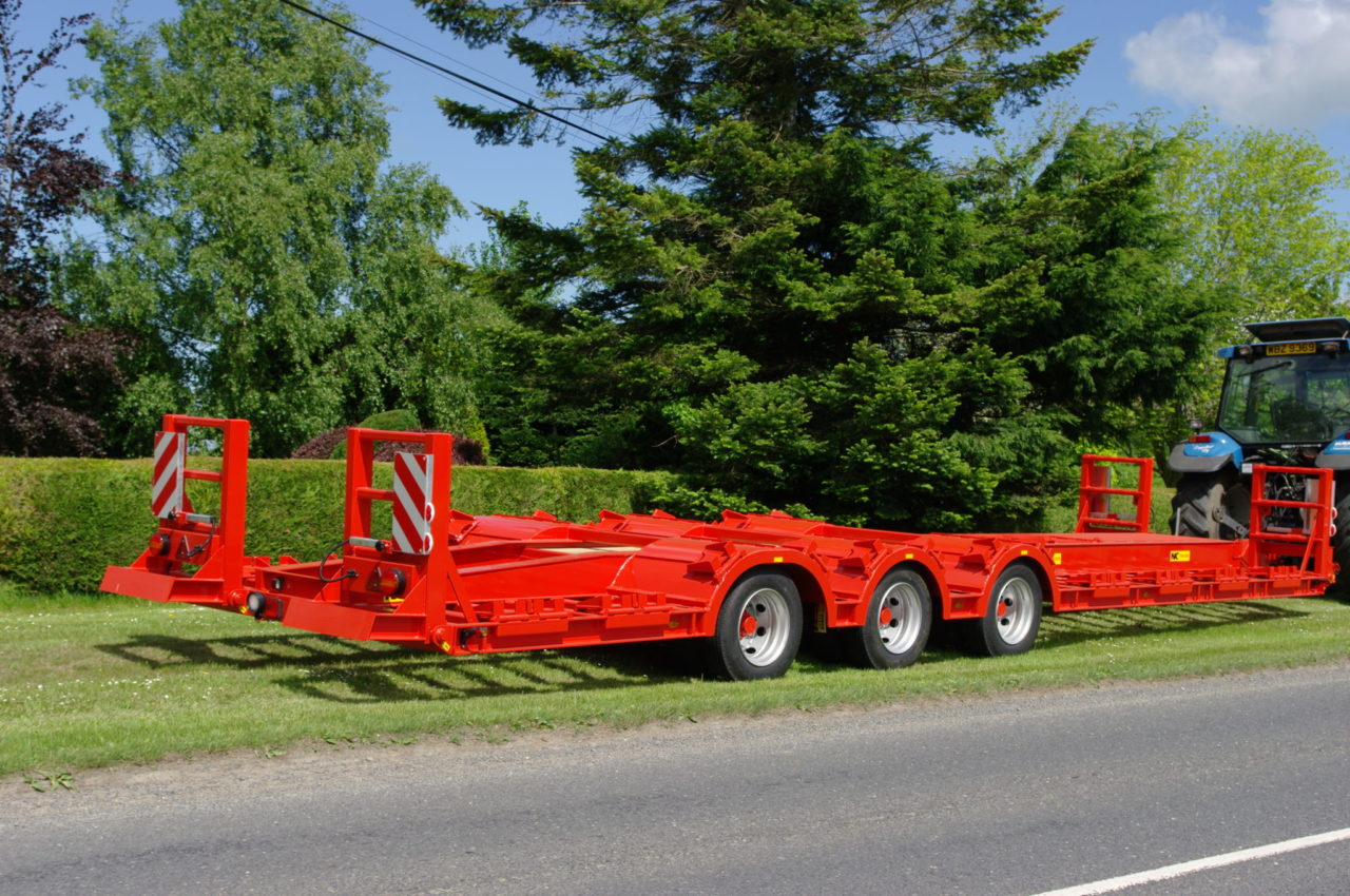 Jumbo Tractor Tow : Tractor tow forestry trailer nc engineering